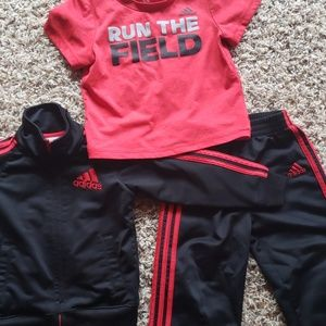 Adidas 3 peice outfit 24M/2T